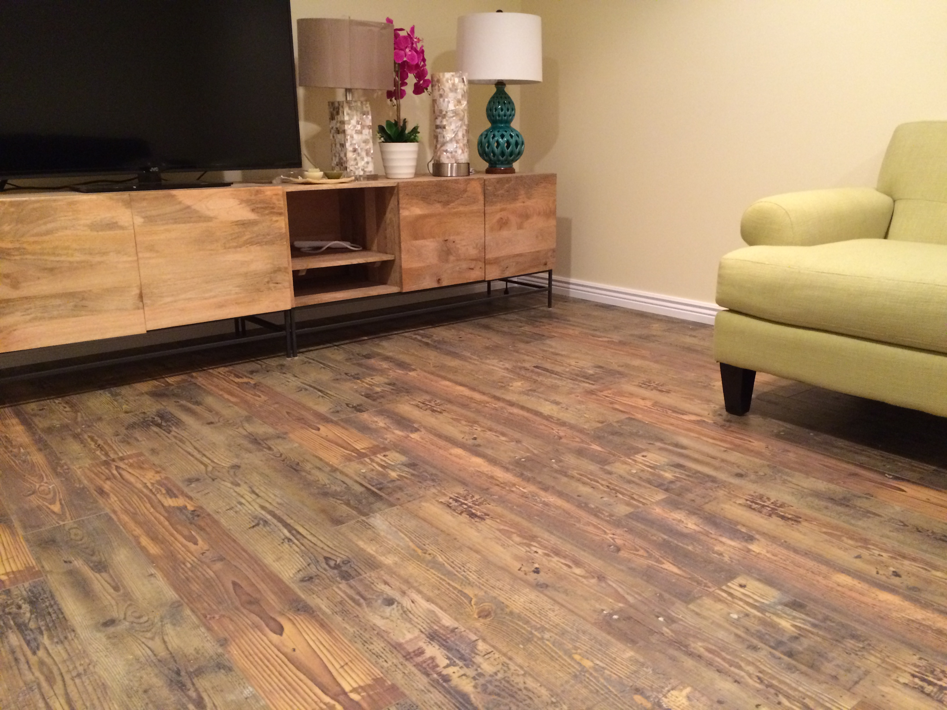 Laminate Flooring Picture Gallery : Barnwood mm laminate flooring photos vama
